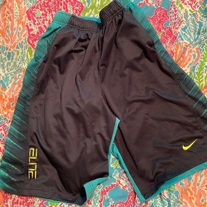 Nike Elite Dri-fit shorts.  Size Men's XL